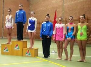 Pódium categoría infantil: 2º puesto gimnasta local.