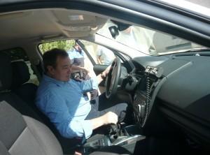 El nuevo vehículo de la Policía Local, que ha sido recepcionado  hoy por el Alcalde, José Luis García
