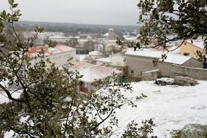 Colmenar del Arroyo amaneció nevado el domingo.