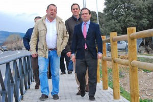 Mario de la Fuente junto al viceconsejero de Transportes, Infraestructuras y Vivienda de la Comunidad de Madrid, Borja Carabante, el pasado día 26.