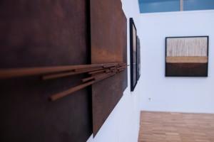 Imagen de la Sala Aulencia con las obras de Luis Brea.