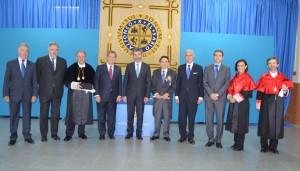 El alcalde y el presidente del CGPJ junto al presidente y autoridades académicas de la UAX.