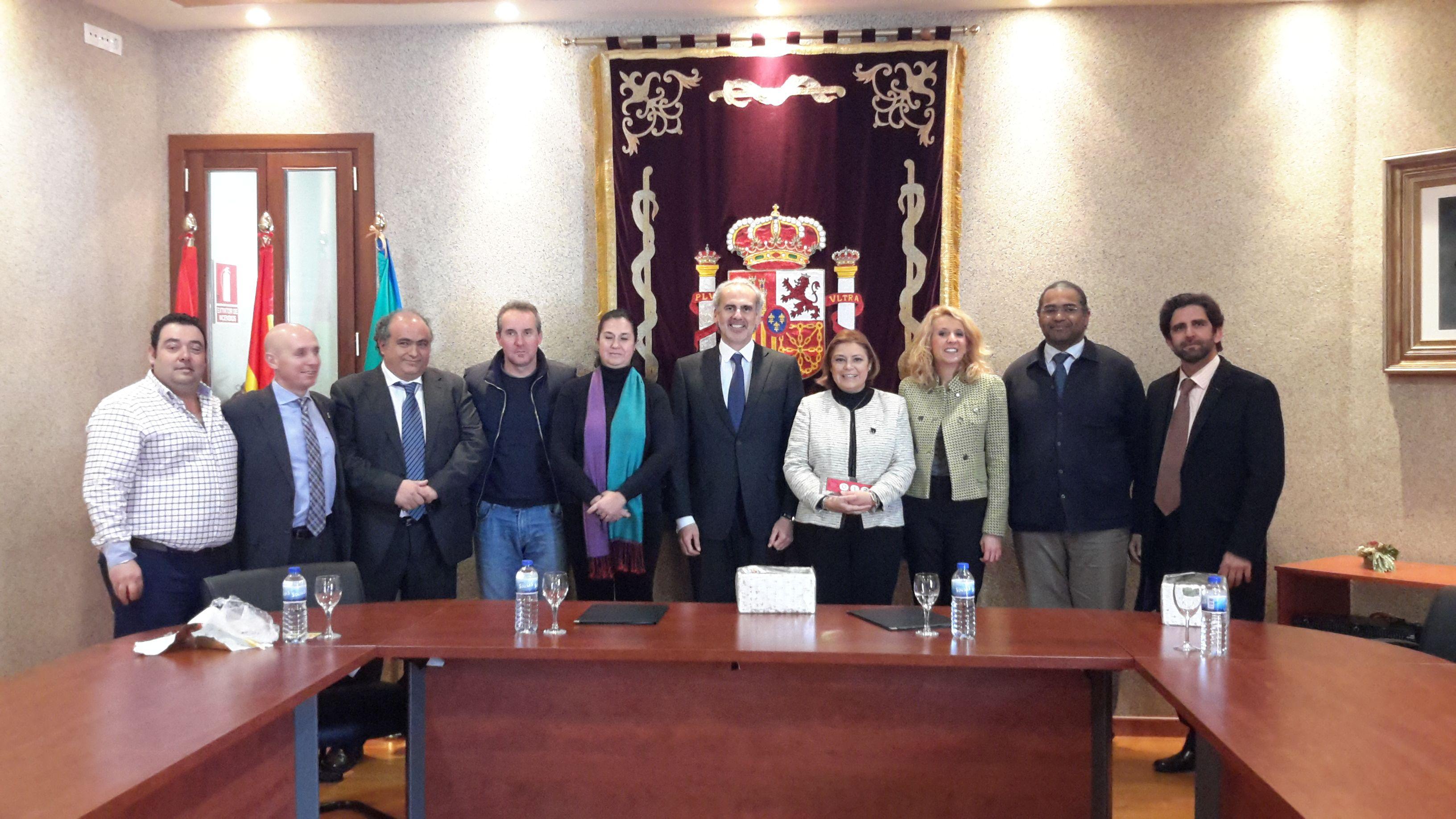 La comunidad extiende su red de oficinas de atenci n al for Oficina de atencion al ciudadano linea madrid