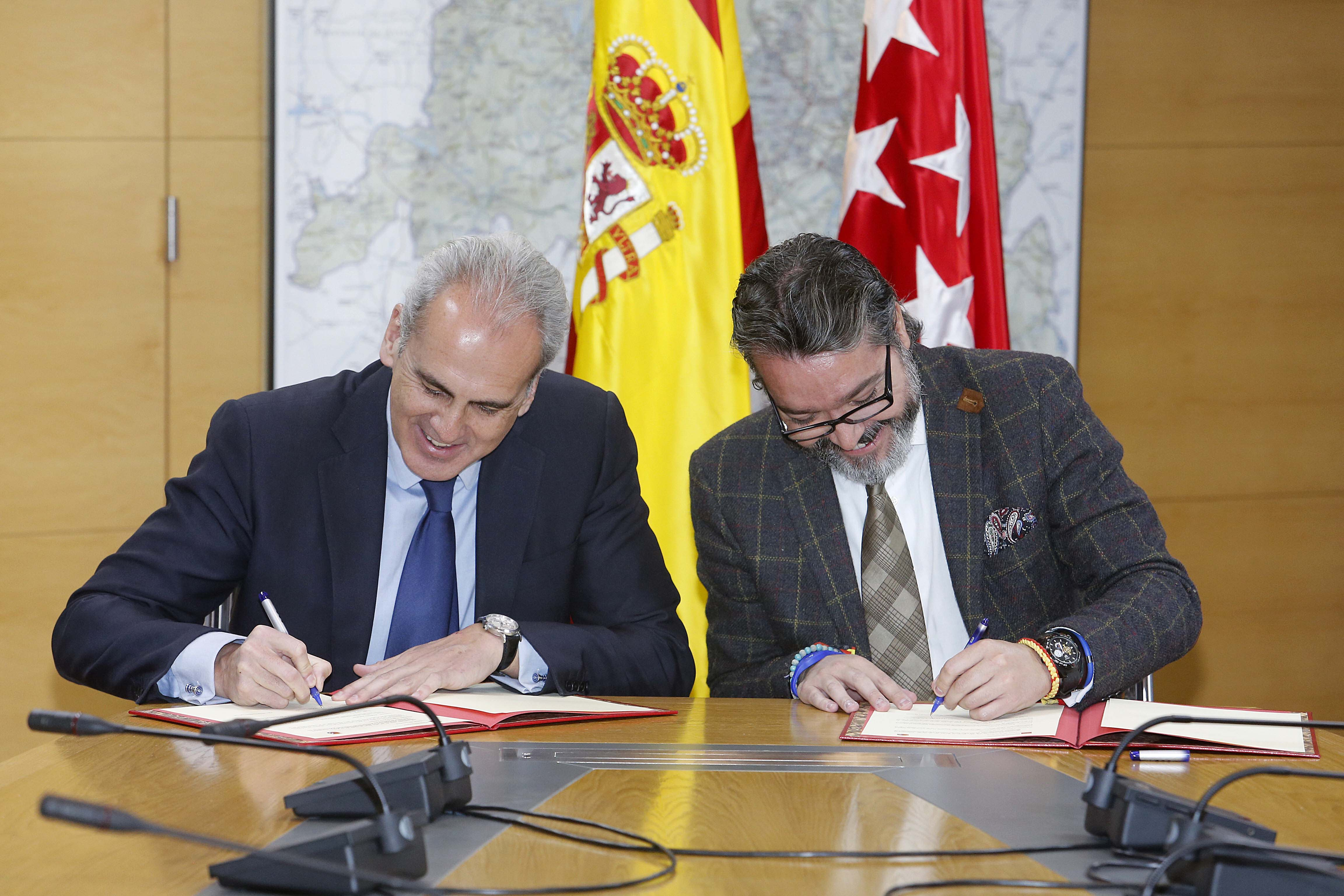 Enrique ruiz escudero a21 peri dico gratuito sierra for Oficina registro comunidad de madrid