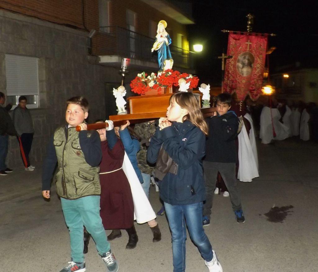 Vi salida procesional de los costaleros de sto cristo del - Pavimarsa navas del rey ...