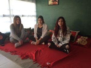 Las alumnas de 4º ESO en el 'Rincón Chino'.