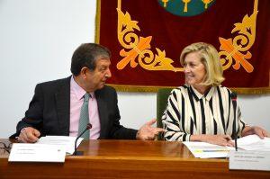 El alcalde, Luis Partida, y la delegada del Gobierno en Madrid, Concepción Dancausa.