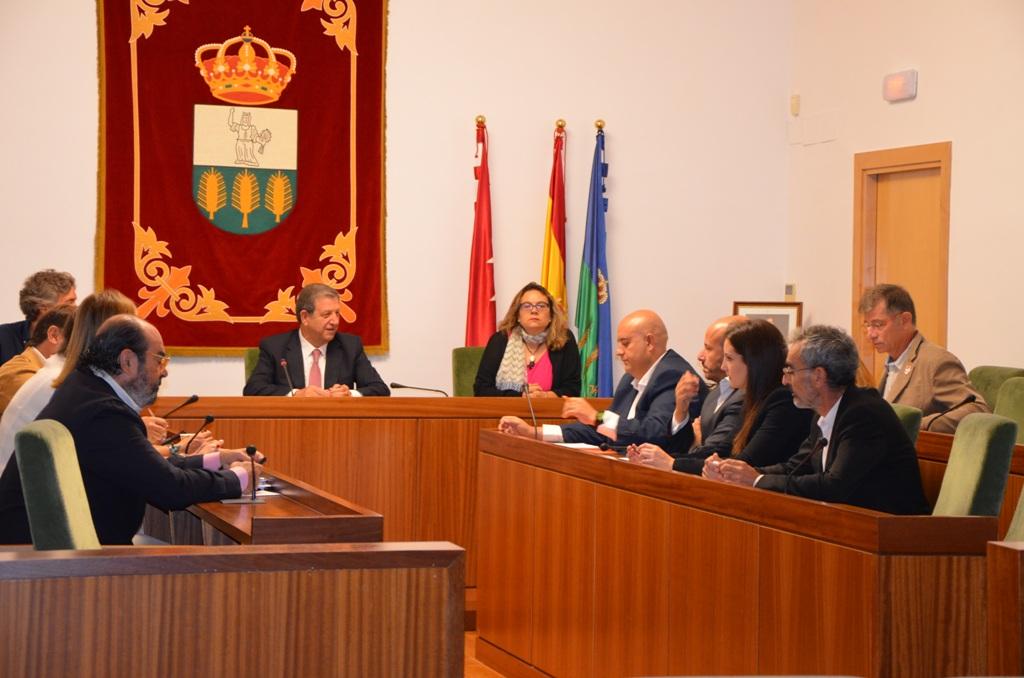 Imagen de la sesión extraordinaria celebrada en el Salón de Plenos.