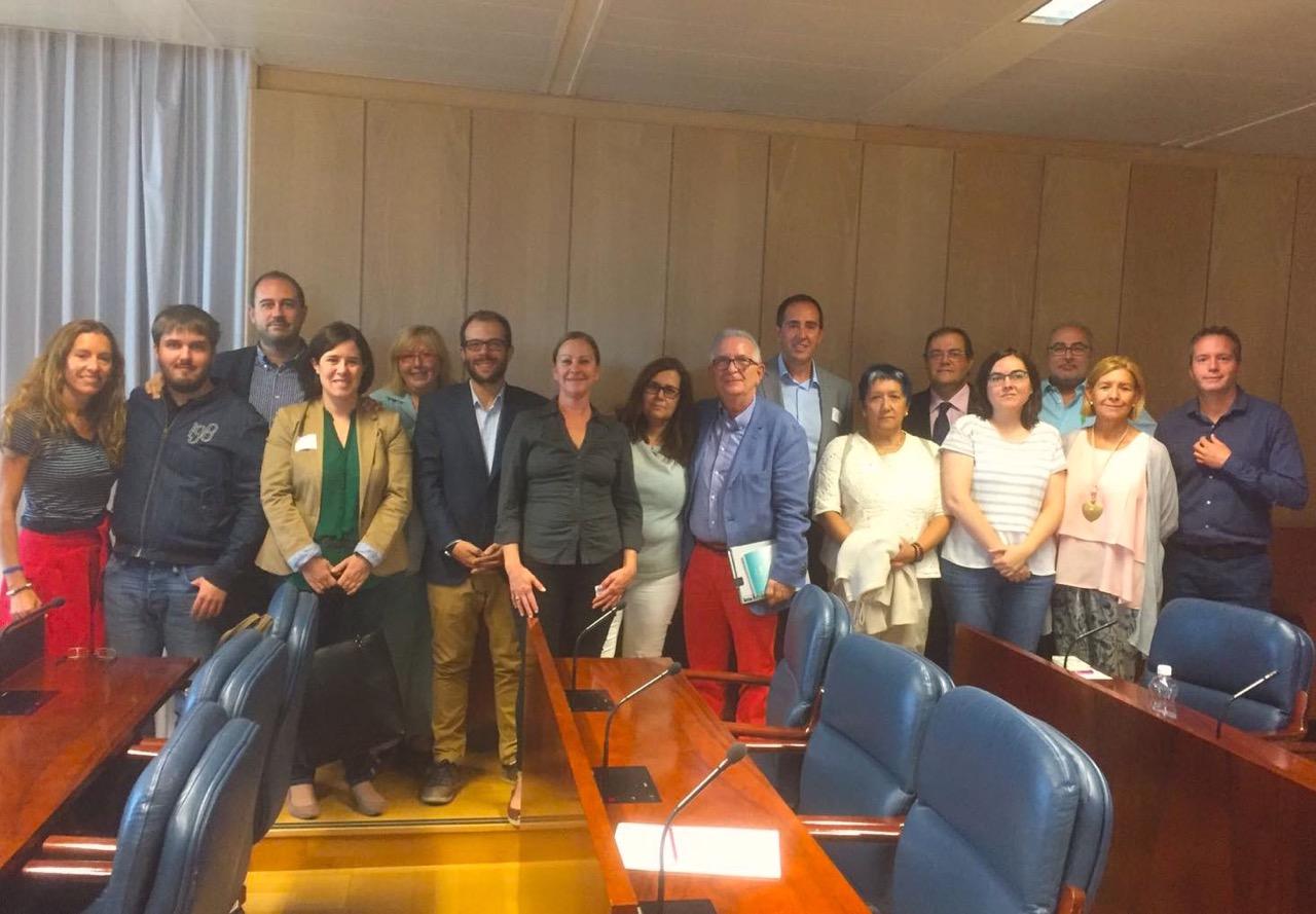 La comunidad de madrid instar al gobierno de espa a la for Sede de la presidencia de la comunidad de madrid